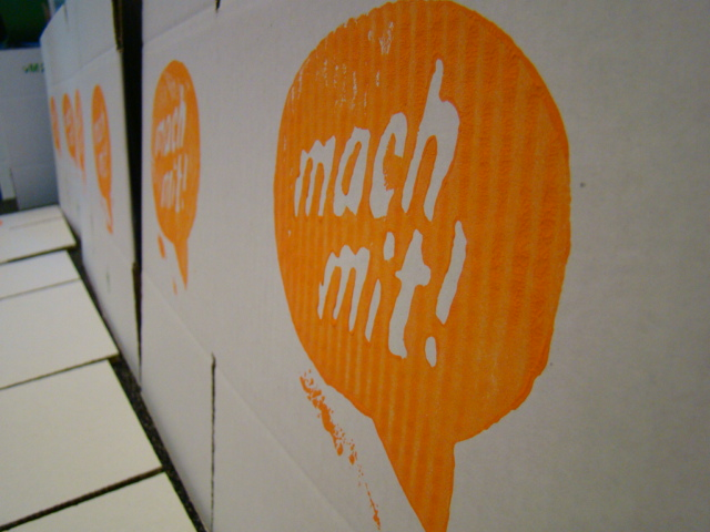 Mach-mit-pakket van de Actiegroep Duits